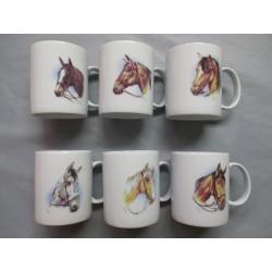 Coffret de 6 Mugs en Porcelaine Décor Chevaux