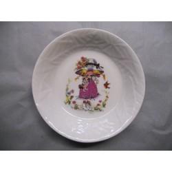 Assiette Calotte en Porcelaine Enfant Décor Saraké Fille